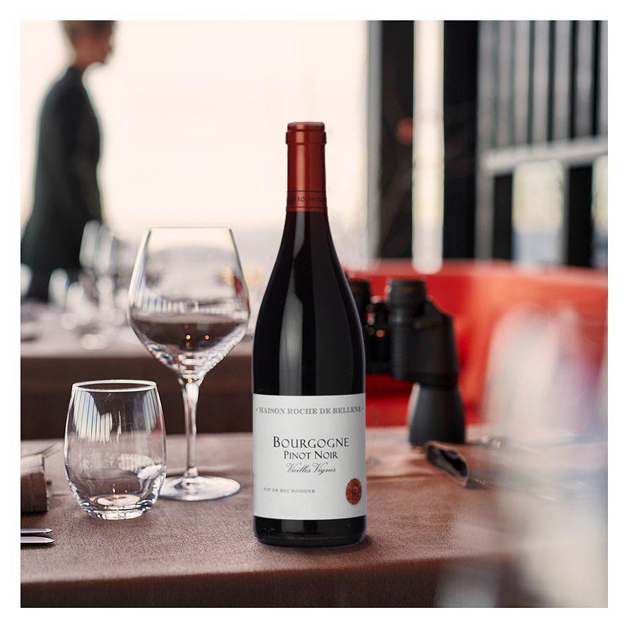 Bourgogne Pinot Noir Vieilles Vignes by Roche de Bellene 2017